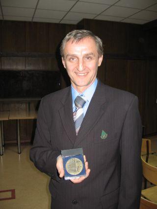 W 2010 roku, z okazji 15-lecia działalności koła, opiekun otrzymał nagrodę Prezydenta Miasta i  Złotą Odznakę Zarządu Głównego PTTK za krzewienie ruchu turystycznego wśród młodzieży.